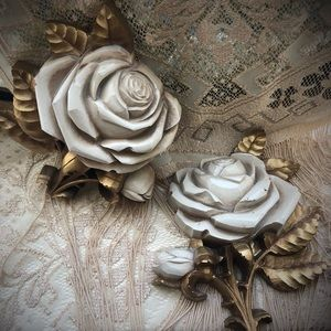 Vintage Wall Roses